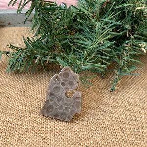 Small Lower Peninsula Petoskey Stone Magnet - L